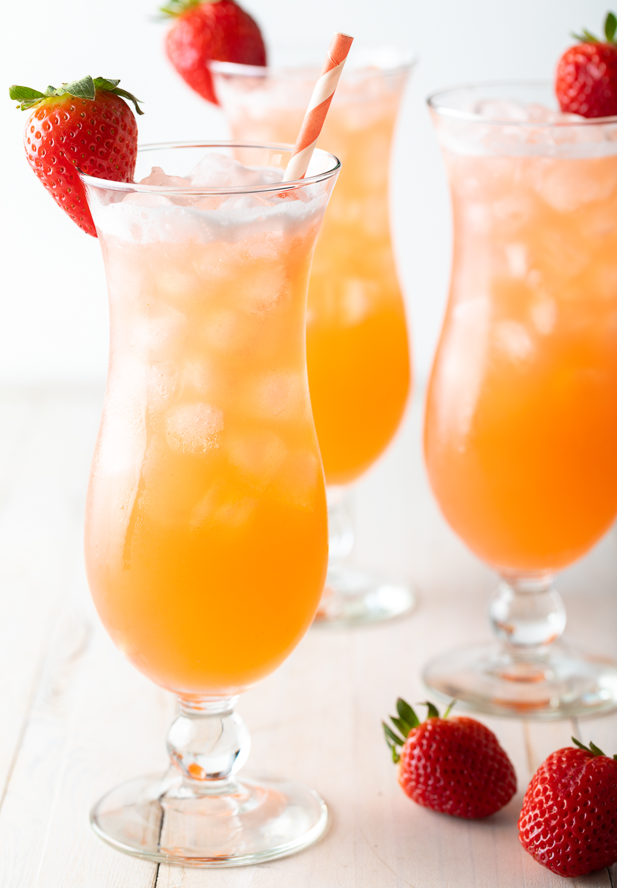 Agua Fresca with Strawberries and Pineapple #cincodemayo #aguafresca #mexican #mocktails