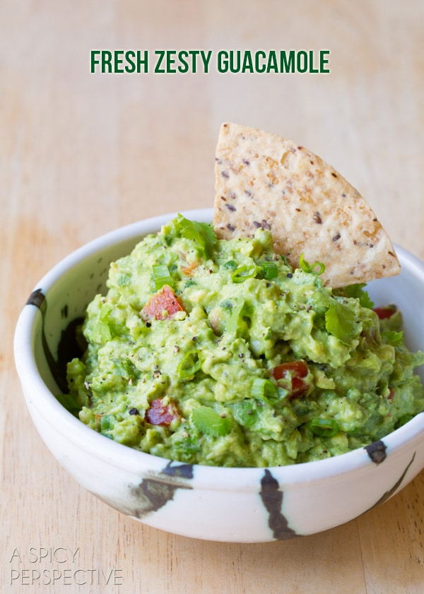 Easy Guacamole Recipe + Ideas for Add-Ins! #guacamole #fresh #avocado #cincodemayo