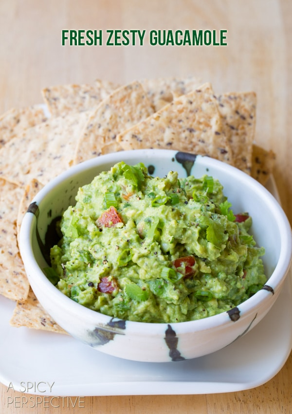 Simple Guacamole Recipe + Ideas for Add-Ins! #guacamole #fresh #avocado #cincodemayo