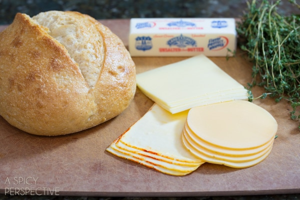 Perfect Grilled Cheese - Simple Steps to the perfect sandwich! #grilledcheese #cheese #sandwich