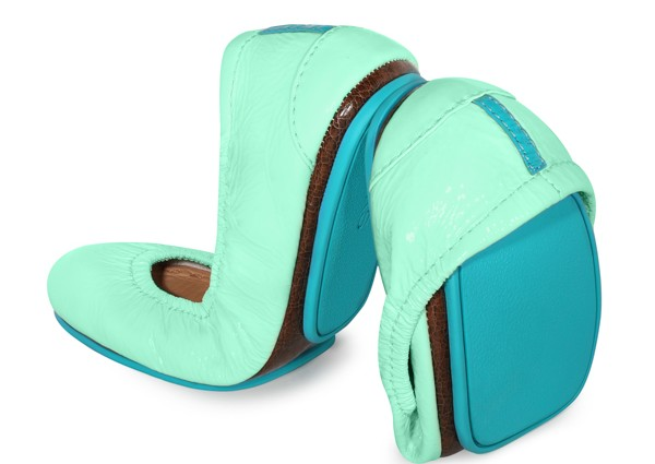 Tieks Ballet Flats #Giveaway on ASpicyPerspective.com #shoes #fashion #spring