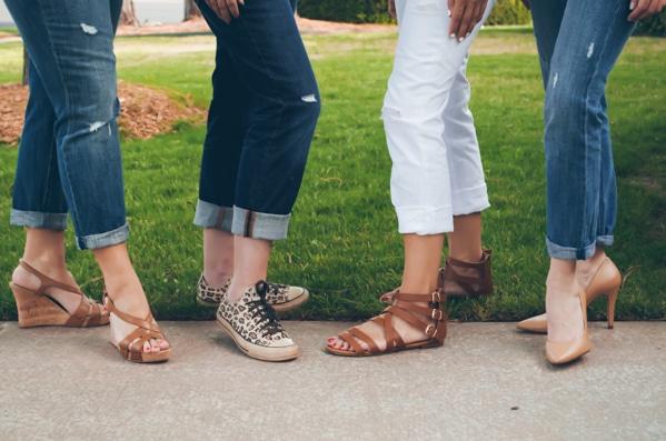 Wearing Boyfriend Jeans #fashiontips #style