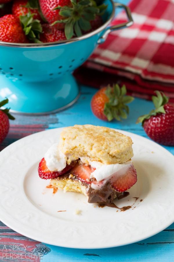 Yummy S'mores Strawberry Shortcake Recipe #smores #summer #strawberryshortcake
