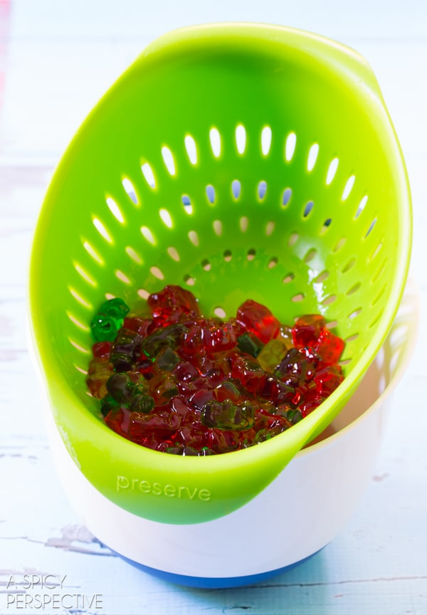 Vodka Gummy Bears #pops #vodkagummybears #cocktailpops