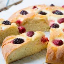 Easy Berry Focaccia #bread #focaccia #italian #berries