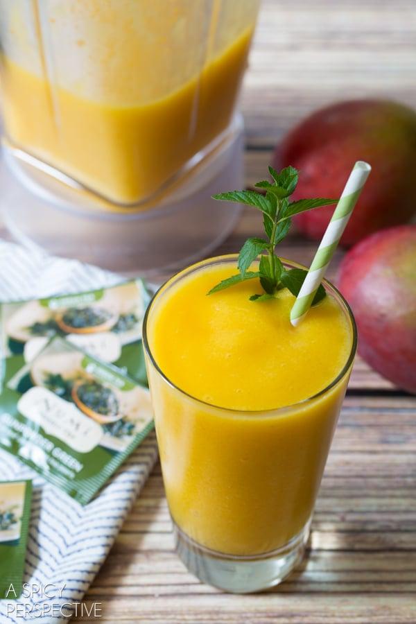 Easy Mango Smoothie with Green Tea! #smoothie #greentea
