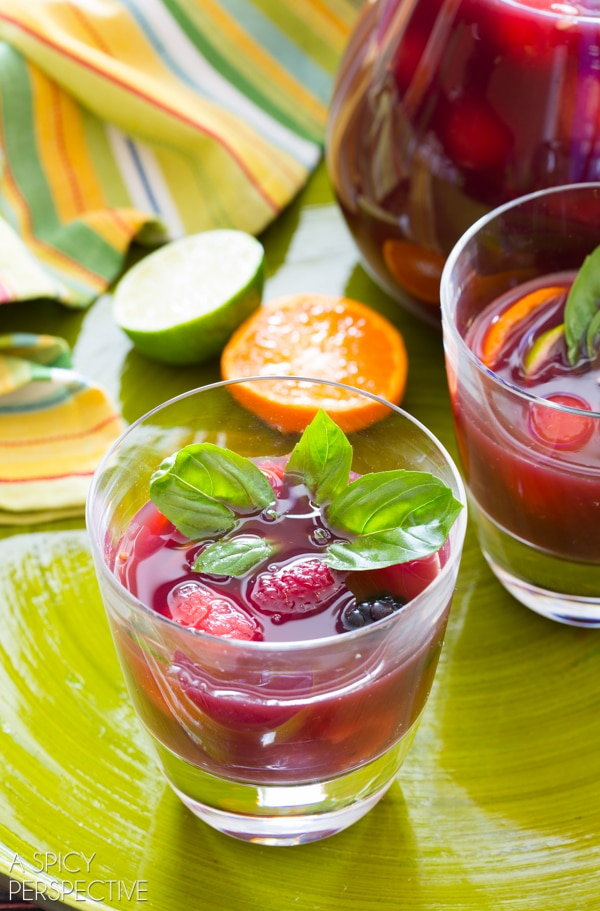 Easy Red Sangria #sangria #summer #wine