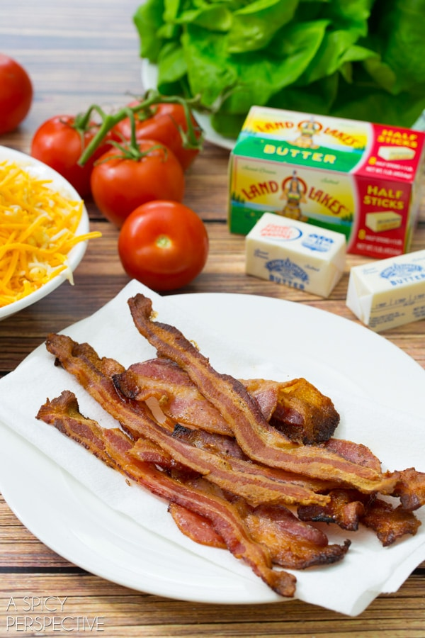 Simple BLT Mac and Cheese for Back to School! #macandcheese #kitchenconvo #backtoschool