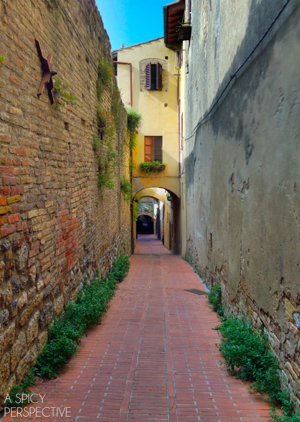 Discover Italy: The Hill Towns on ASpicyPerspective.com #travel #italy #traveltuesday #tuscany