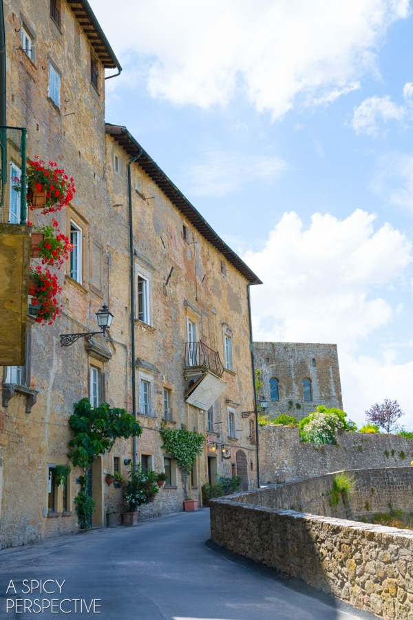 Exploring Tuscany: The Hill Towns on ASpicyPerspective.com #travel #italy #traveltuesday #tuscany