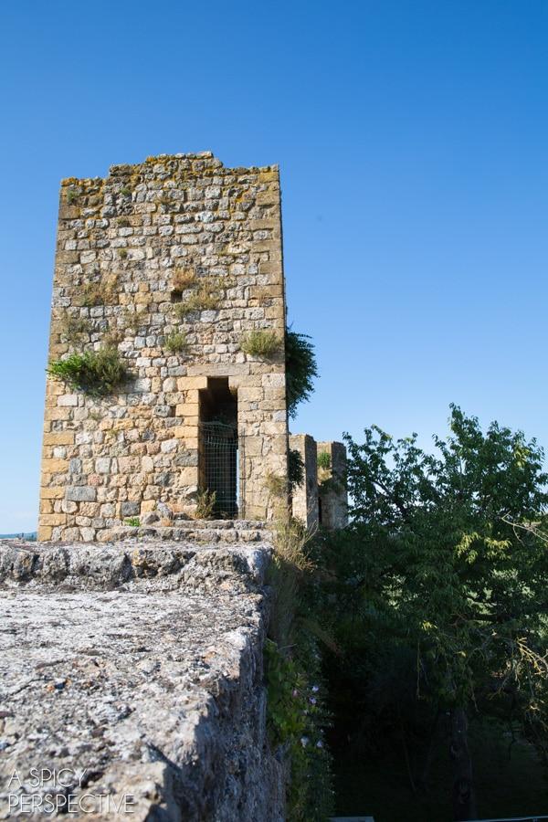 Monteriggioni - Explore Tuscany, Italy: The Hill Towns on ASpicyPerspective.com #travel #italy #traveltuesday #tuscany
