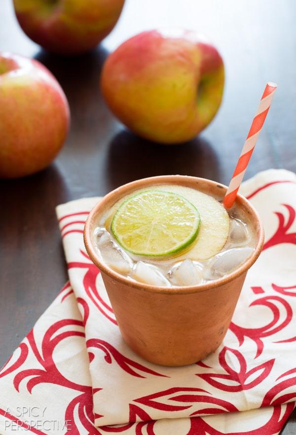Bonita Apple Butter Cocktail! #fall #cocktails