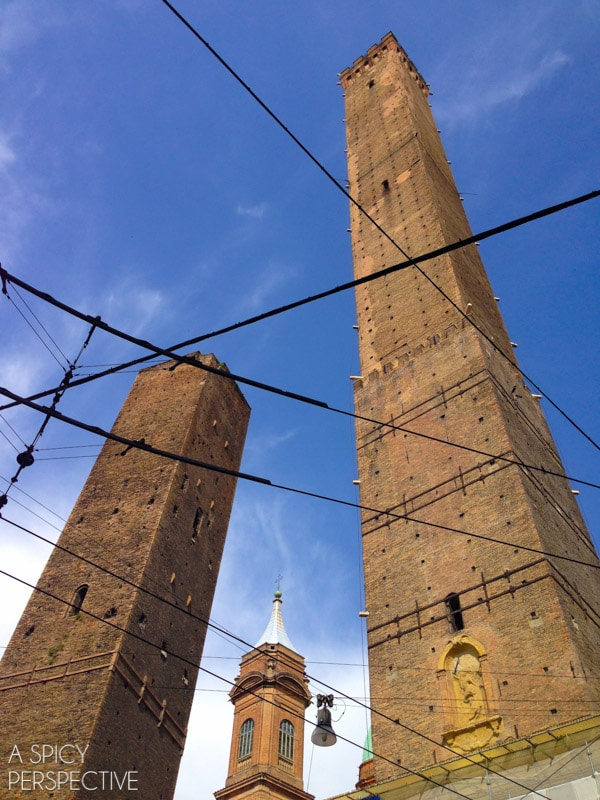 Torre Asinelli and Torre Garisenda
