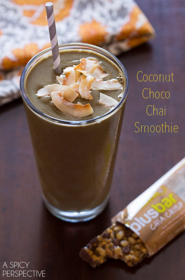 Easy Chocolate Smoothie Recipe with Coconut and Chai (and Greens!) #dairyfree #soyfree #glutenfree #breakfast