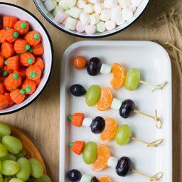 Halloween Fruit Skewers #halloween