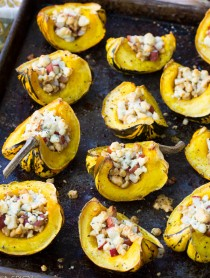 Roasted Squash with Pear and Blue Cheese Streusel #holidays #thanksgiving #christmas #sidedish