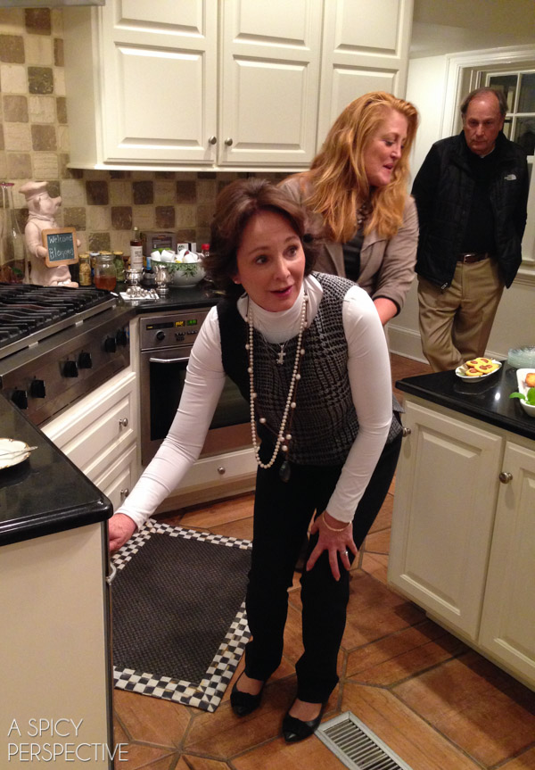 A Holiday Dinner with Sister Schubert #holidays