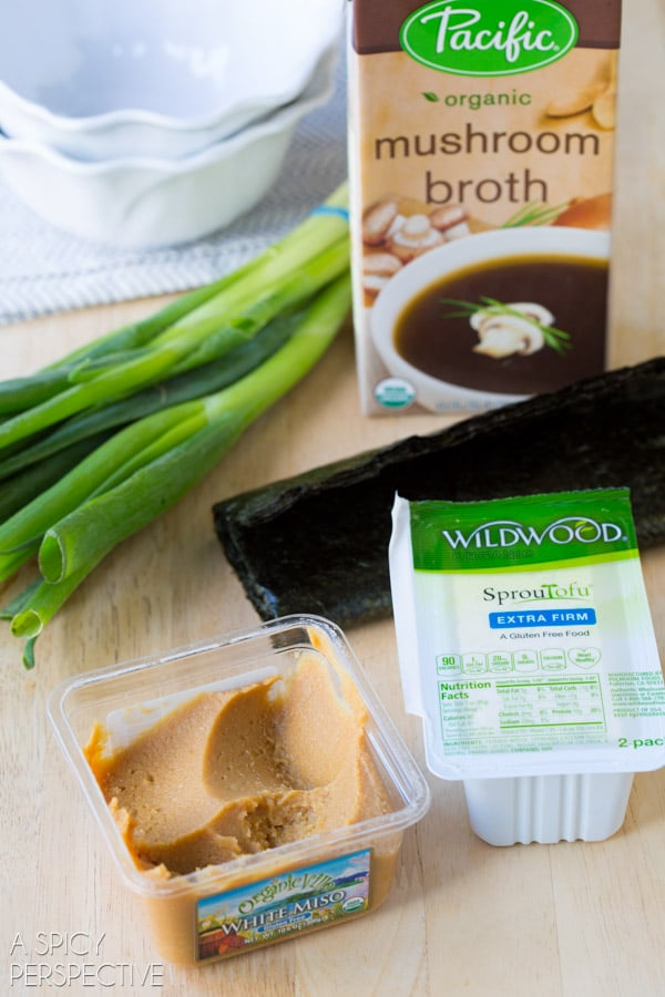 Try this 5 Ingredient Miso Soup Recipe in 5 Minutes! #healthy #vegan