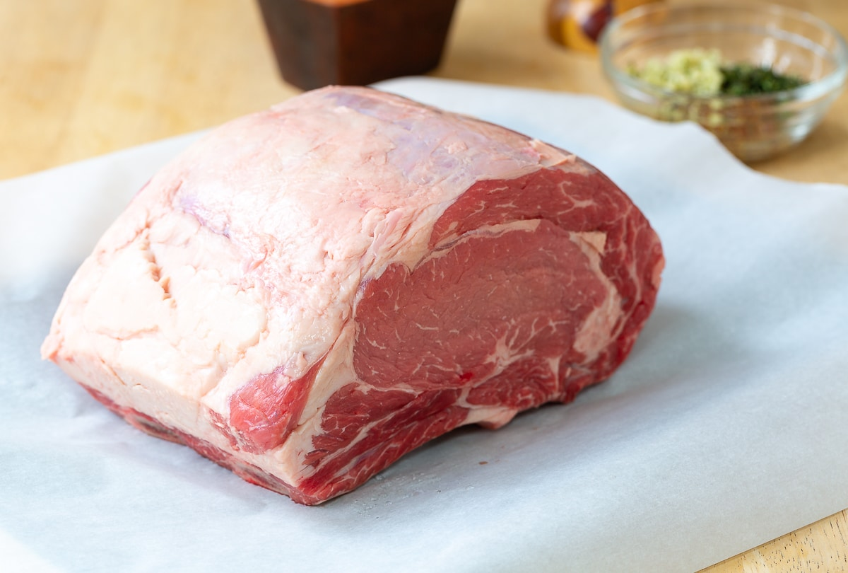 What Is Standing Rib Roast? #holiday #roast #beef #christmas #dinnerparty #beef
