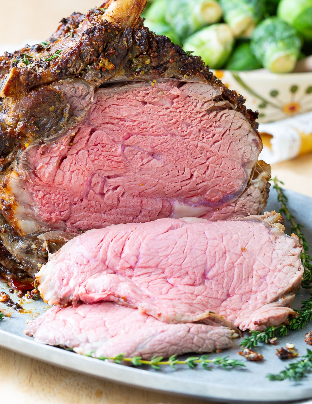 Best Fool-Proof Standing Rib Roast Recipe #holiday #roast #beef #christmas #dinnerparty