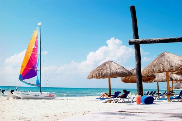 Sandos Beach - Things To Do In Playa Del Carmen Mexico #travel #mexico