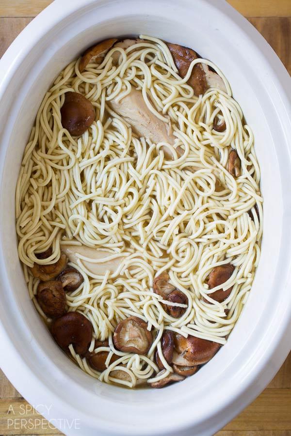 Simple Slow Cooker Chicken Ramen Noodles Recipe #slowcooker #crockpot