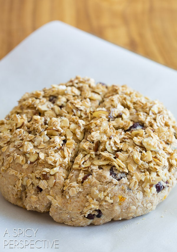 How to Make Irish Soda Bread with Cherries and Granola Topping #irish #sodabread