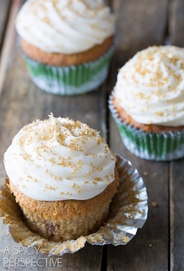 Easy Hummingbird Cake Cupcakes with Sour Cream Frosting on ASpicyPerspective.com #cupcakes #southern