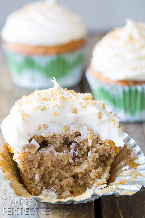 Amazing Hummingbird Cake Cupcakes with Sour Cream Frosting on ASpicyPerspective.com #cupcakes #southern