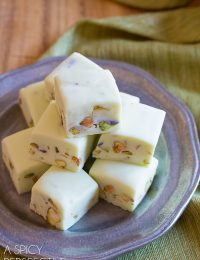 Simple and Silky 4-Ingredient Pistachio Gelato Fudge