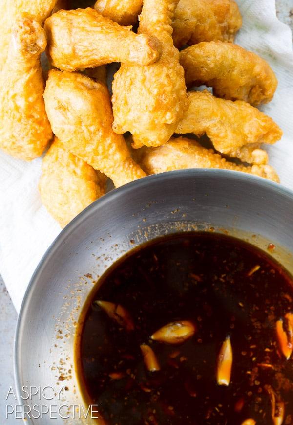Dunking Sticky-Sweet Crispy Korean Fried Chicken Recipe (The Best!) #friedchicken #korean