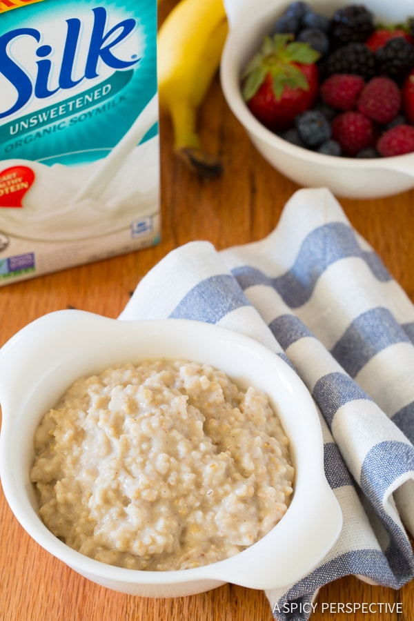 Easy Slow Cooker Overnight Oatmeal made with wholesome Steel Cut Oats! #healthy #slowcooker #crockpot #dairyfree #ILoveSilkSoy