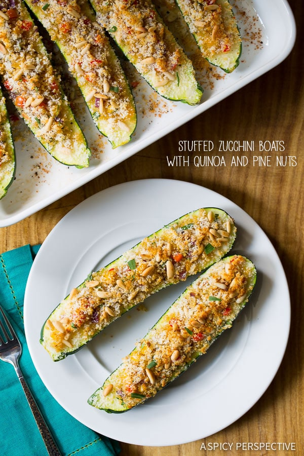 Easy Stuffed Zucchini Boats with Quinoa and Pine Nuts #healthy #vegetarian