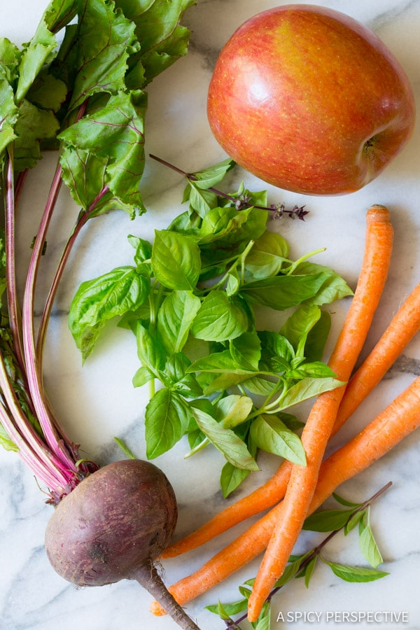 I love this 4 Ingredient Basil Beet Juice Recipe (Blender Juice) on ASpicyPerspective.com #juice