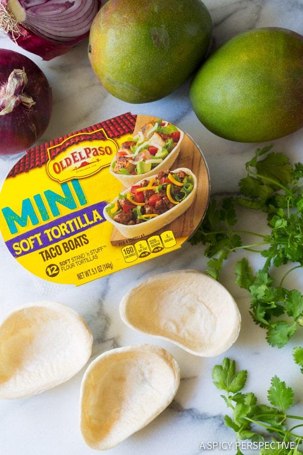 Cute Mini Black Bean Tacos with Mango Pico de Gallo on ASpicyPerspective.com #mexican #vegetarian