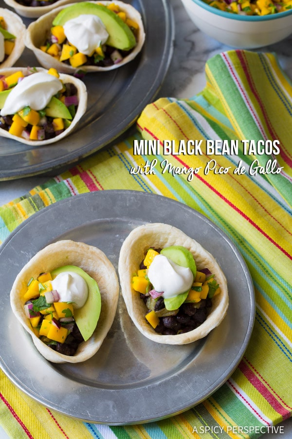 Fast and Fresh Mini Black Bean Tacos with Mango Pico de Gallo on ASpicyPerspective.com #mexican #vegetarian