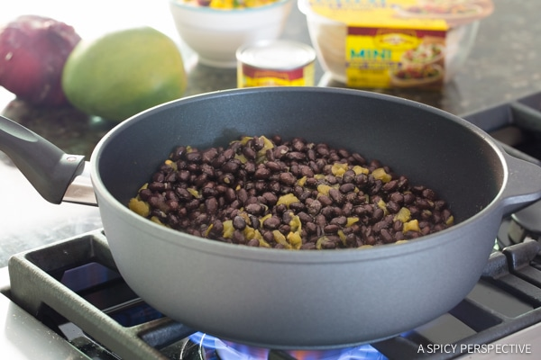 How to Make Mini Black Bean Tacos with Mango Pico de Gallo on ASpicyPerspective.com #mexican #vegetarian