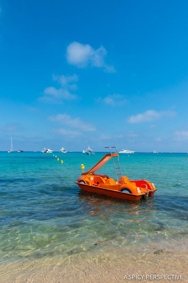 Mini Yacht in Saint Tropez, France on ASpicyPerspective.com #travel #france
