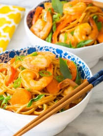 Crazy Over This ONE POT Thai Curry Shrimp Pasta on ASpicyPerspective.com #onepotmeal