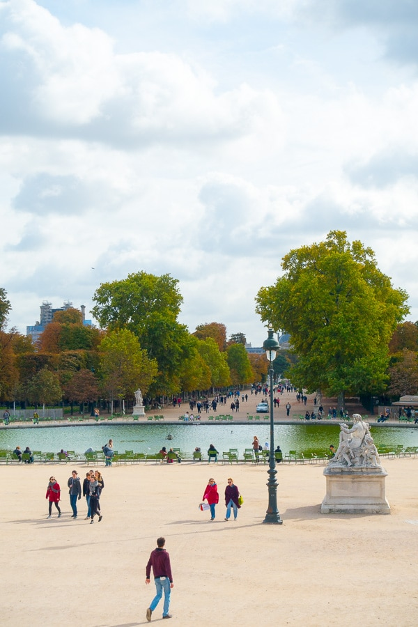 Paris, France - Planning Tips for 1 Day in Paris Up to 7 Days in Paris on ASpicyPerspective.com #travel