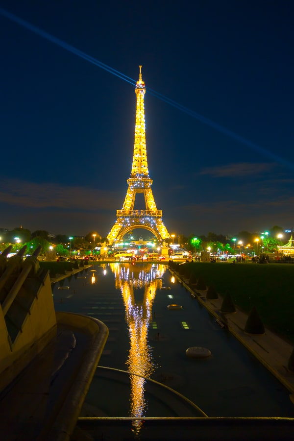 The Best Things to Do in Paris - Planning Tips for 1 Day in Paris Up to 7 Days in Paris on ASpicyPerspective.com #travel