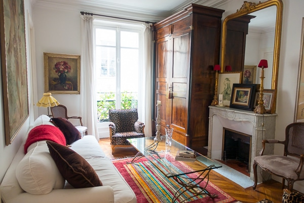 Girls Guide to Paris Apartment Rental