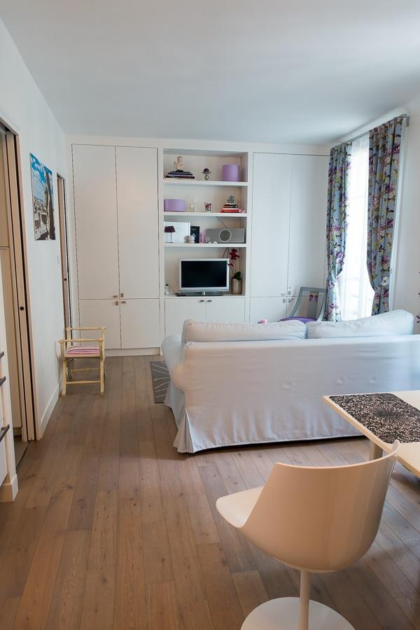 Girls Guide to Paris Apartment Rental