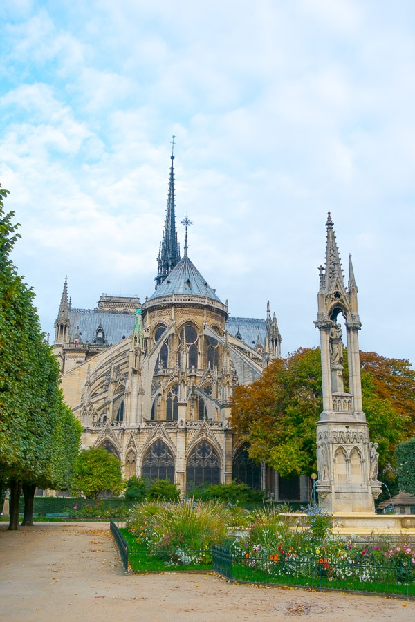 Stunning Notre Dame - Things to Do in Paris - Planning Tips for 1 Day in Paris Up to 7 Days in Paris on ASpicyPerspective.com #travel