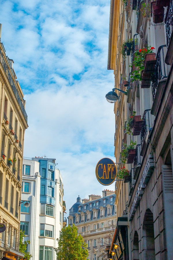 Paris Love - Planning Tips for 1 Day in Paris Up to 7 Days in Paris on ASpicyPerspective.com #travel