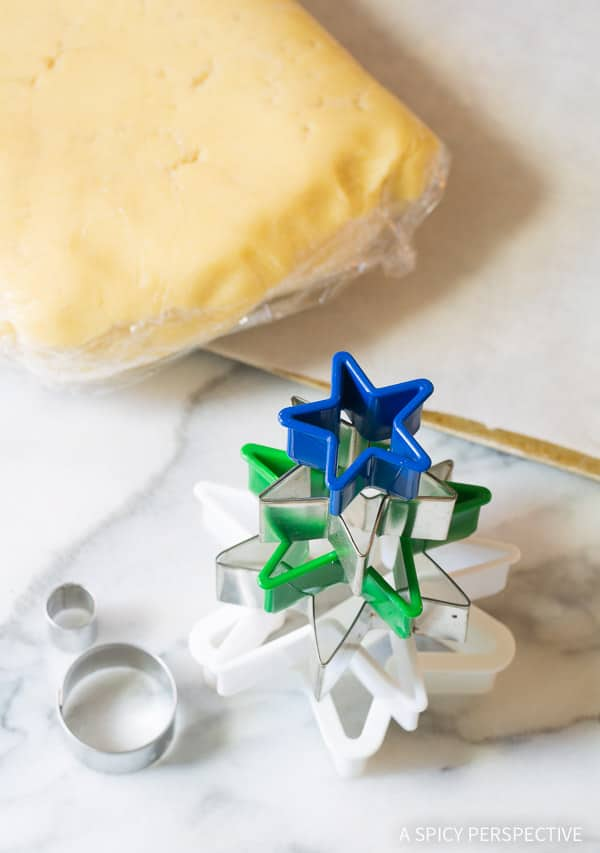 Making Whimsical 3D Christmas Tree Cookies on ASpicyPerspective that make fantastic edible gifts!