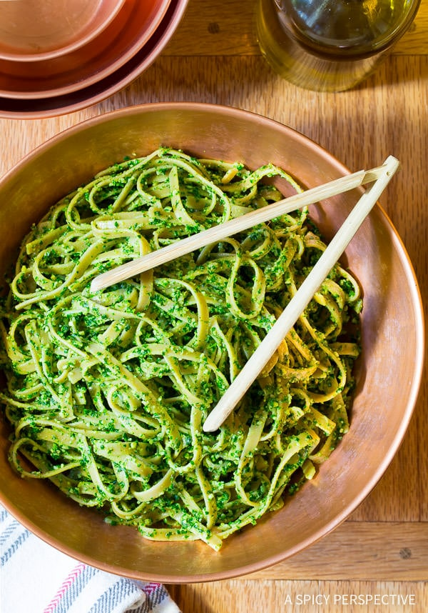 Delicious Healthy 5-Ingredient 5-Minute Kale Pesto Recipe on ASpicyPerspective.com #paleo #glutenfree #vegan