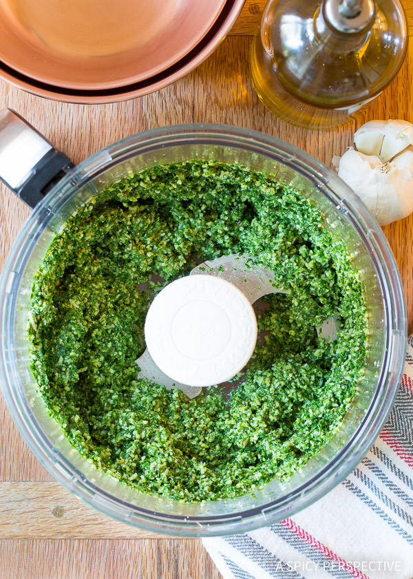 How to Make 5-Ingredient 5-Minute Kale Pesto Recipe on ASpicyPerspective.com #paleo #glutenfree #vegan