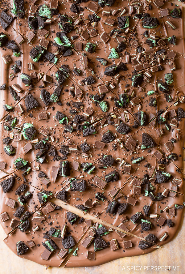 Mint Oreo Chocolate Bark Recipe on ASpicyPerspective.com #christmas