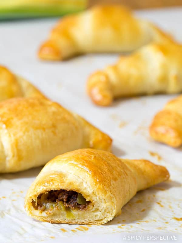 Must-Make 5-Ingredient Mexican Stuffed Crescent Rolls Recipe | ASpicyPerspective.com